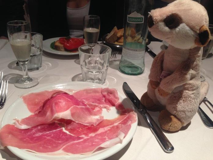 Büffelmozzarella mit Schinken